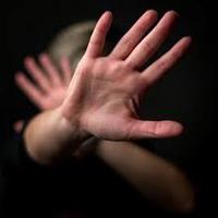 شکنجه وحشیانه دختر جوان مقابل چشم پدرش در پارک جنگلی