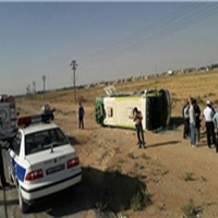 واژگونی مرگبار اتوبوس در کاشان ۴ نفر کشته و ۲۷ نفر مصدوم شدند