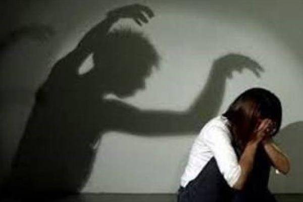 آزار شیطانی دانشجوی دختر 20 ساله