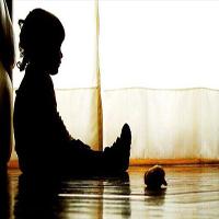 ماجرای کودک آزاری وحشتناک که در مهد کودکهای تهران اتفاق افتاد! +عکس