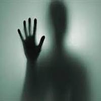 تجاوز وحشیانه دختر ۱۷ ساله به پسر جوان با تهدید چاقو +عکس