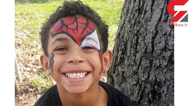 خودکشی پسر 8 ساله در اتاق خواب