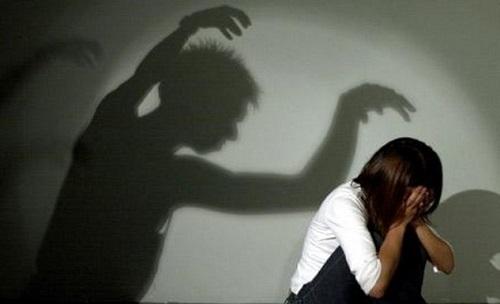 تجاوز به دختر عقب مانده ذهنی