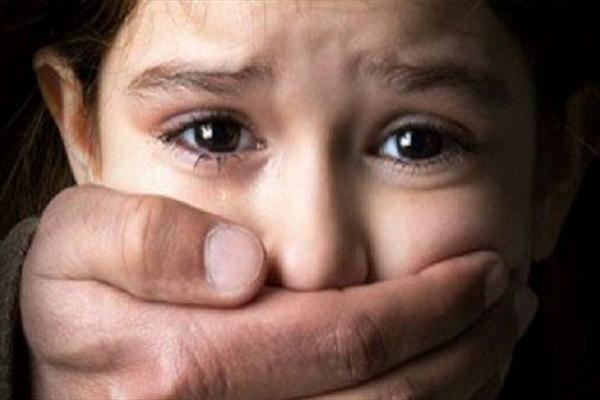 جدال دختر ۵ ساله با مرگ پس از شکنجه شیطانی در ساوه