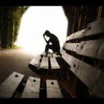 داستان غم انگیز پسر بچه ای که می خواست از روی پل عابر خودکشی کند