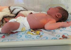 سرنوشت تلخ نوزاد رها شده در رودخانه کرمانشاه +عکس