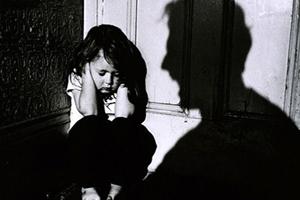 ناگفته های تلخ از شکنجه های وحشتناک دختر ۲ ساله بندرعباسی +عکس