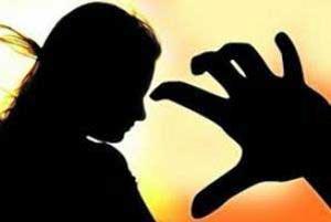 آزار و اذیت دختر بچه ۴ ساله توسط پدر شیطان صفت