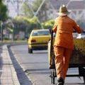 مرگ تلخ کارگر شهرداری ایلام زیر چرخ های خودروی حمل زباله +عکس