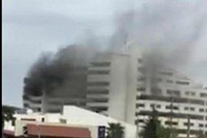 حادثه هولناک آتش سوزی هتل بانک مرکزی نوشهر یک کشته بر جای گذاشت+عکس