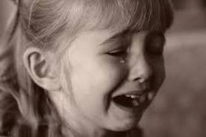 کابوس هولناک آتنا دختر بچه گیلانی پس از سه سال از حادثه شوم +عکس