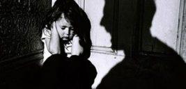 شکنجه وحشیانه دختر خردسال توسط پدر شرور و سنگدل + تصاویر ۱۶+