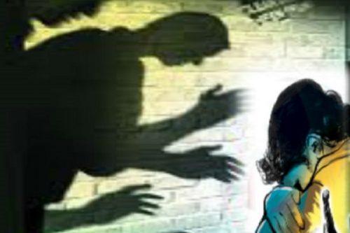آزار شیطانی دختر 15 ساله