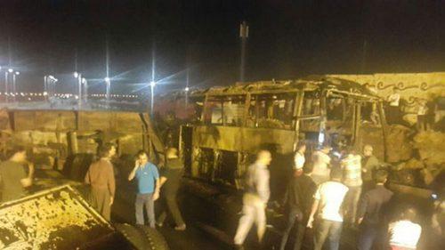 تصادف نفتکش با اتوبوس مسافربری