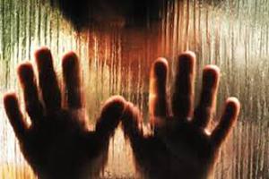 تجاوز گروهی به دختر جوان و مادرش توسط ۱۷ مرد گرگ صفت