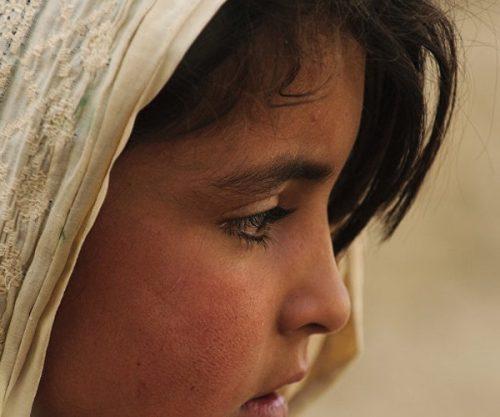 ماجرای شوهر دادن دختر ۱۰ ساله ایرانی در افغانستان و فرارش از دست کفتار پیر +عکس