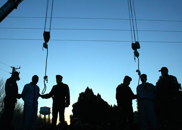 اعدام خرچنگ های سیاه و ناگفته های تلخ دختران و زنان قربانی این مردان شوم