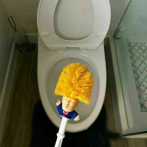 عکس های خنده دار از سلطان سکه تا توالت شوی ترامپ سری ۵۴۴