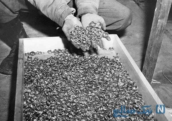 حلقه های به جا مانده از جیب سربازان جنگ جهانی