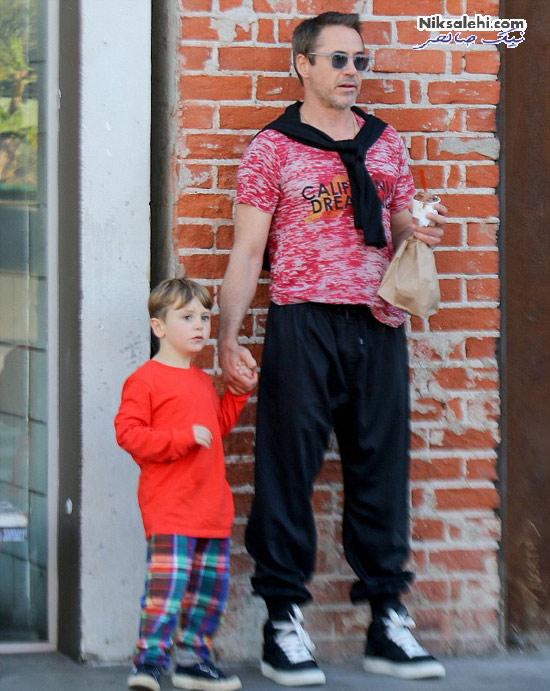 پردرآمدترین بازیگر مرد هالیوودی و فرزندش +عکس