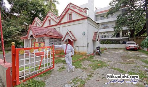 نتیجه علاقه یک مرد هندی به عدد ۷ و رنگ قرمز و سفید +تصاویر