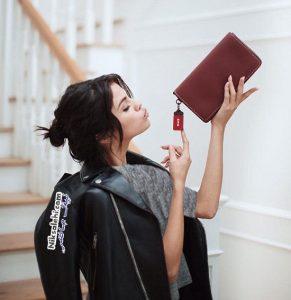 سلنا گومز چهره جدید تبلیغاتی برند Coach +عکس