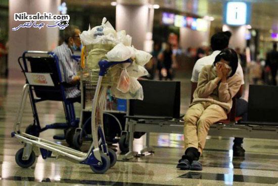 زندگی زنی در فرودگاه با وجود داشتن آپارتمان سه خوابه +عکس