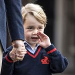 پرنس جورج در روز اول مدرسه به همراه پدرش ویلیام