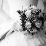 دوخت یک لباس عروس اورژانسی در عرض نیم ساعت!