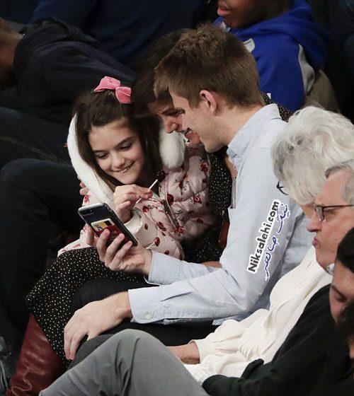 دختر تام کروز و مادرش