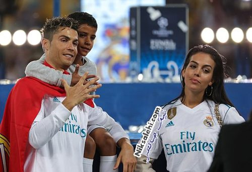 رونالدو و نامزدش در جشن قهرمانی