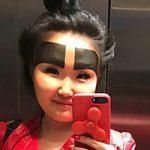 جنجالی شدن ابروهای بسیار بزرگ دختر جوان روسی در اینستاگرام!