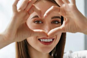 مواد غذایی برای سلامت چشم و جلوگیری از بیماری های چشمی
