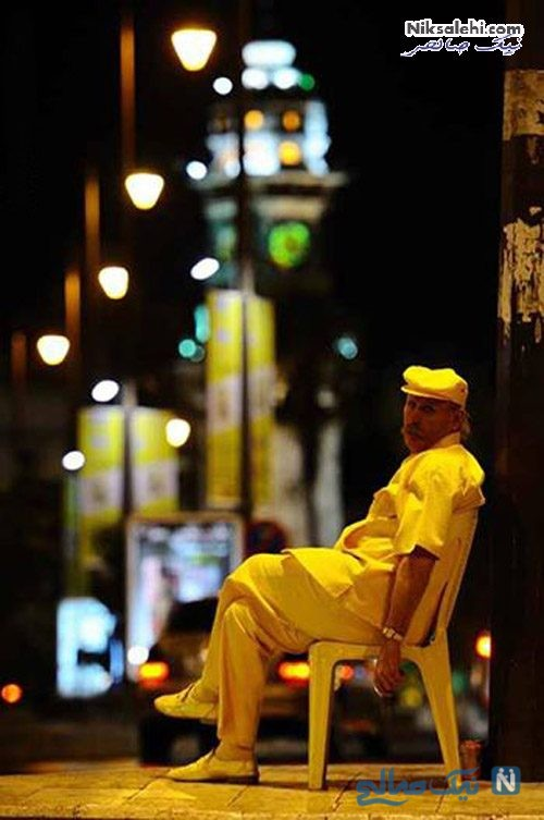 مرد زردپوش