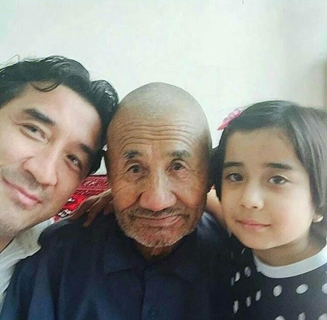 عکس دیده نشده از ستاره محبوب فوتبال در کنار دختر و پدرش + عکس
