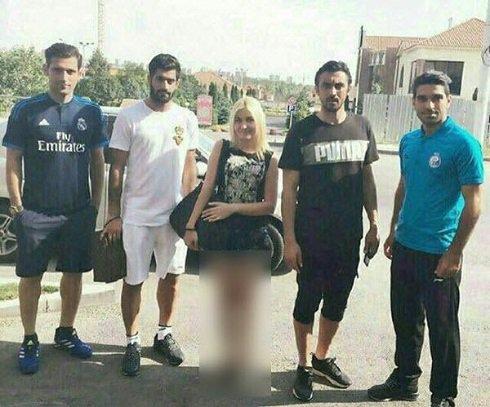 عکس منشوری بازیکنان استقلال با دختر بی حجاب + عکس