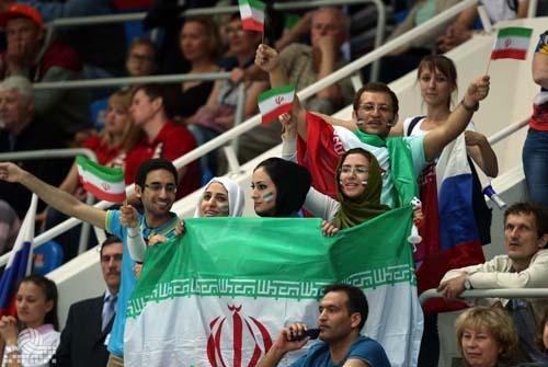 حاشیه های دیدنی از پیروزی تیم ملی والیبال + تصاویر