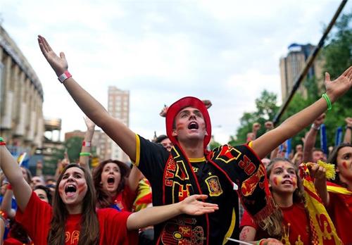 هیجان و شوق جام جهانی خارج از برزیل در کشورهای مختلف جهان + تصاویر
