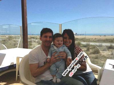 فوتبالیست های مشهور و همسرانشان+عکس