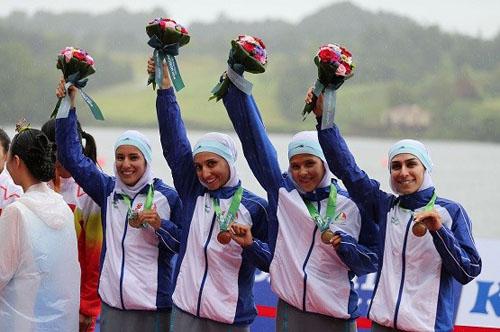 شادی زنان ایرانی بعد از کسب مدال در مسابقات آسیایی + تصاویر