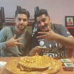 کری خوانی بازیکن پرسپولیس سر میز صبحانه + عکس