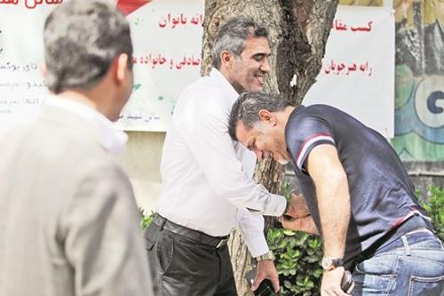 علی دایی در چنگال عابدزاده! + عکس