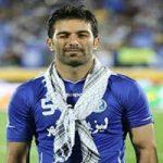 واکنش تند حنیف عمرانزاده به جشن قهرمانی پرسپولیس