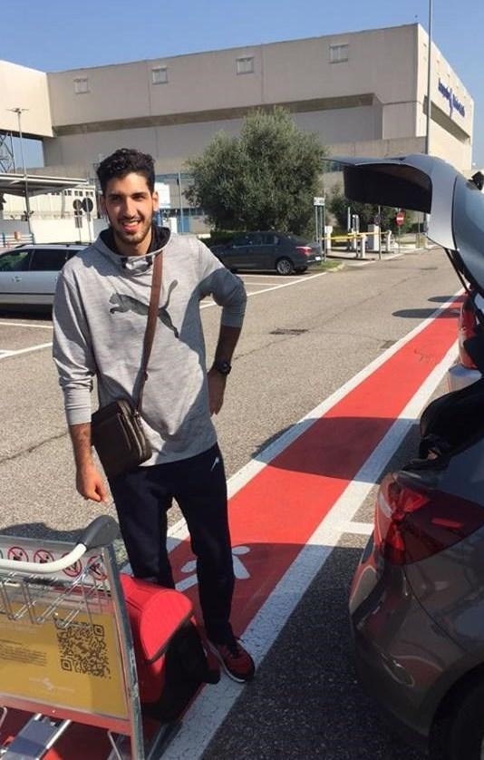 جواد معنوینژاد در تیم ورونا ایتالیا