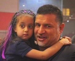 عزاداری علی دایی و دخترش در اردبیل!