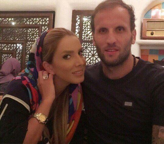 محسن بنگر و همسرش