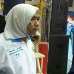 مربی مرد با روسری وارد سالن مسابقات زنان شد!