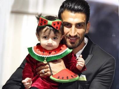حسین ماهینی و دخترش