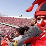 ورود شجاعانه هواداران دختر پرسپولیسی به ورزشگاه یادگار امام تبریز