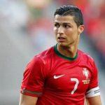 واکنش دیدنی رونالدو به سر و صدای هواداران تیم ملی در سارانسک +عکس